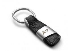 Audi přívěsek na klíče (kůže/kov) znak A7